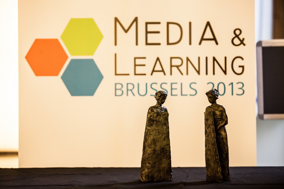 media-and-learning-2013_statuettes